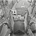 Overzicht van de buitenste noordelijke zijbeuk bij de toren - 's-Hertogenbosch - 20424972 - RCE.jpg