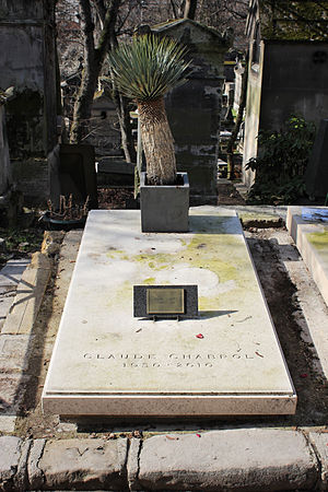 Claude Chabrol - Chabrol's grave at Père Lachaise Cemetery