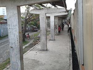 Pacita MG railway station - Platform area of PNR Pacita Complex Station