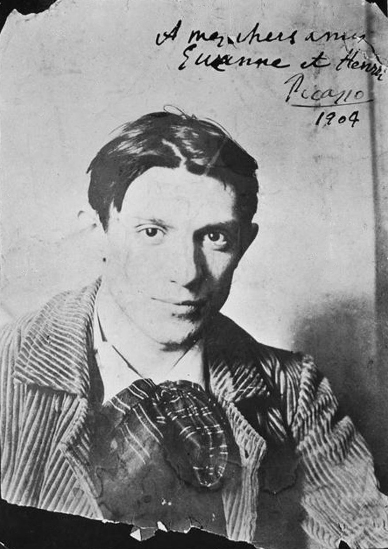 Pablo Picasso, 1904, Paris, photograph by Ricard Canals i Llamb%C3%AD