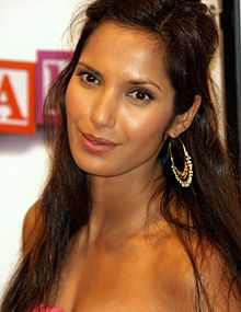 alt=Description de l'image Padma Lakshmi at the 2008 Tribeca Film Festival.JPG.
