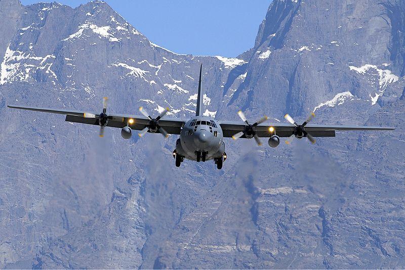 Pakistan Air Force Lockheed C-130E Hercules (L-382) Asuspine.jpg