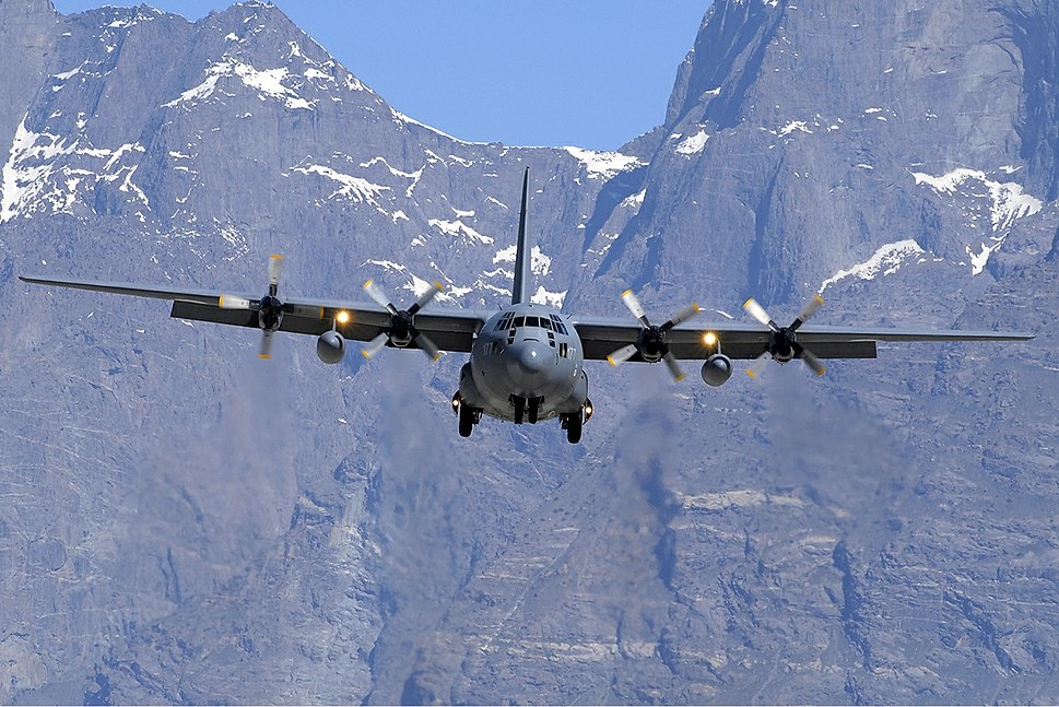 Pakistan Air Force Lockheed C-130E Hercules (L-382) Asuspine