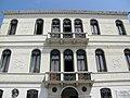 Palazzo Ravenna, dettaglio facciata (Rovigo).jpg