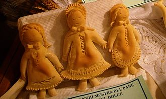 Dualchi - Traditional bread-made dolls from Dualchi.