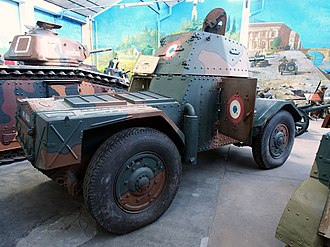 Panhard 178 - The Panhard 178 from the right side
