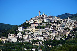 Panorama of Trevi.jpg