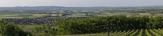 Panorama vom Aussichtsturm Sandberg, Platt (Gemeinde Zellerndorf), Weinviertel 6186.jpg