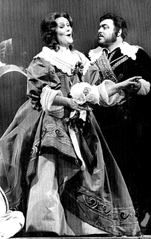 I puritani - Joan Sutherland and Luciano Pavarotti, 1976 performance at the Metropolitan Opera