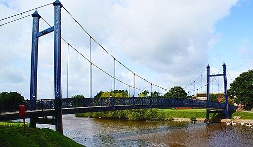 Pedestrian bridge Exeter docks com