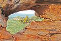 Pedra furada no Vale do Catimbau.jpg
