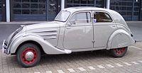 Peugeot 402 grey l.jpg