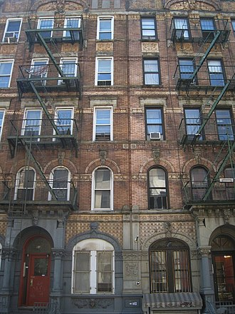 Physical Graffiti - 96 and 98 East 8th Street / St. Mark's Place (Manhattan)