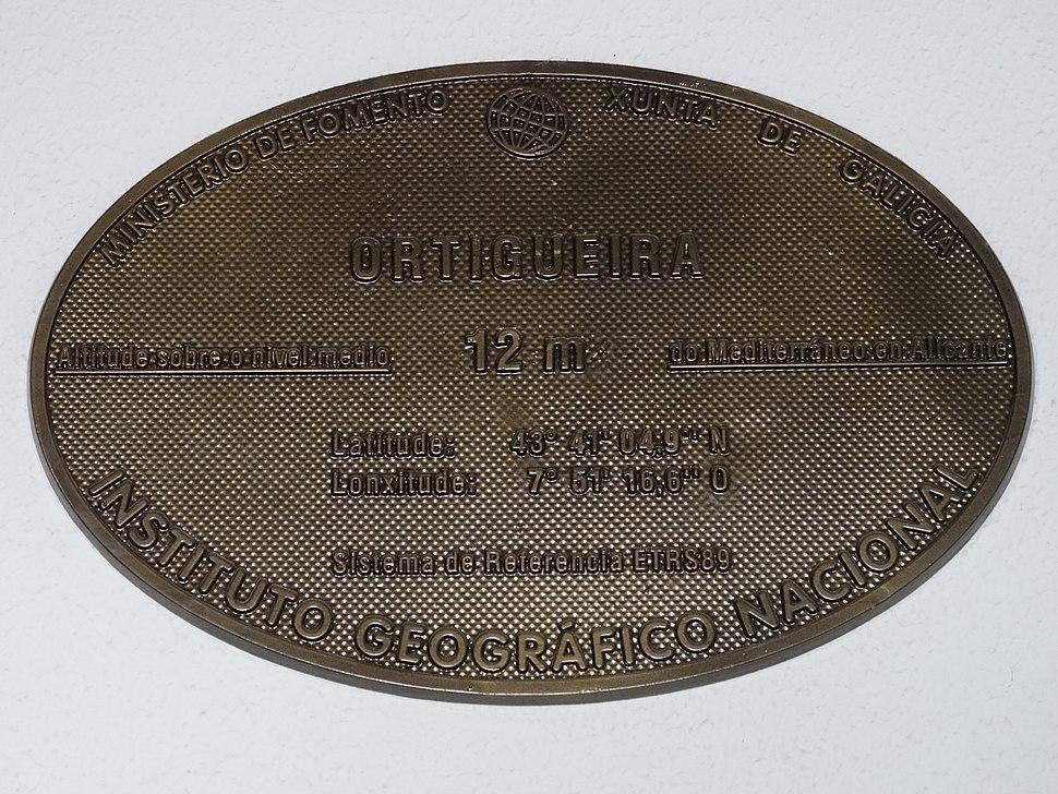 Placa altimétrica de Ortigueira, Coruña