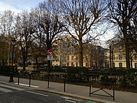 Place Dupleix, Paris, France, December 2012.jpg