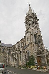 Plancoët - Église Saint-Sauveur.jpg