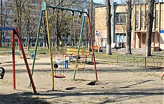 Playground infected by COVID-19 in Kiev-02.jpg