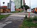 Počernická, výjezd ze staveniště, křížení chodníku.jpg
