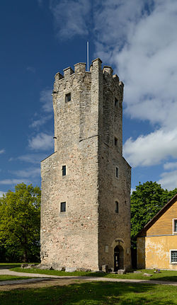 Porkuni castle gatetower