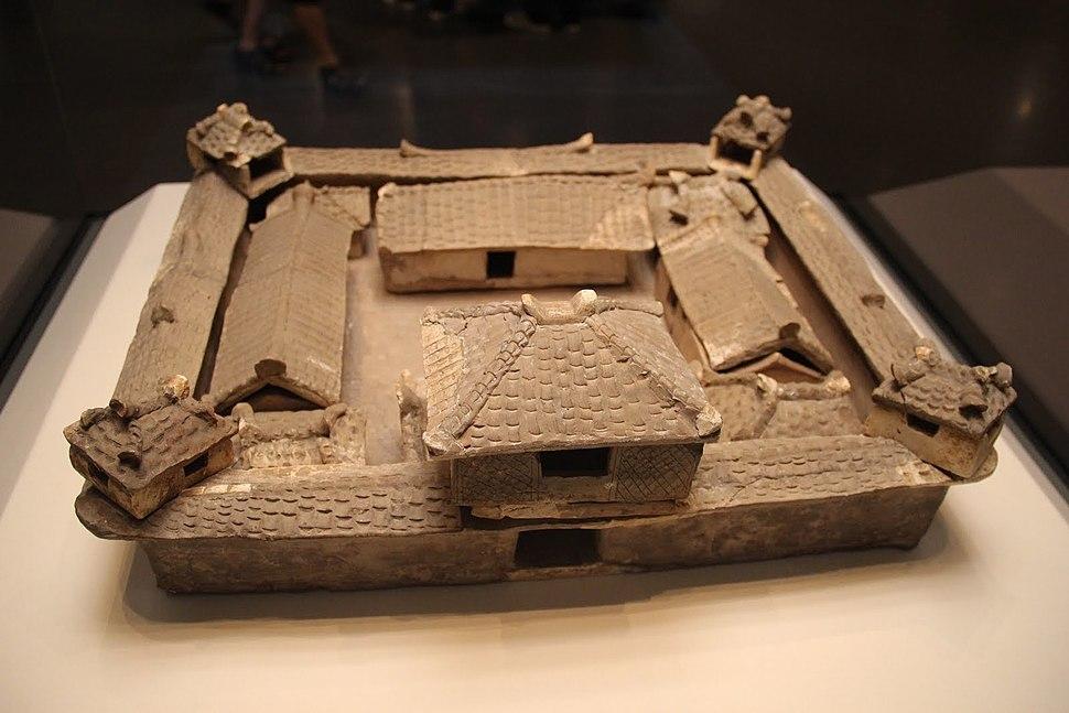 Pottery courtyard, 3 kingdoms, Wu, Hubei, 1967. NationalMusemBeijing