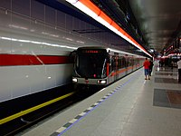 Praha, Letňany, stanice metra Letňany, vlak.jpg