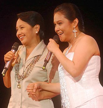 Nora Aunor - Nora Aunor with President Gloria Macapagal-Arroyo in May 2004.