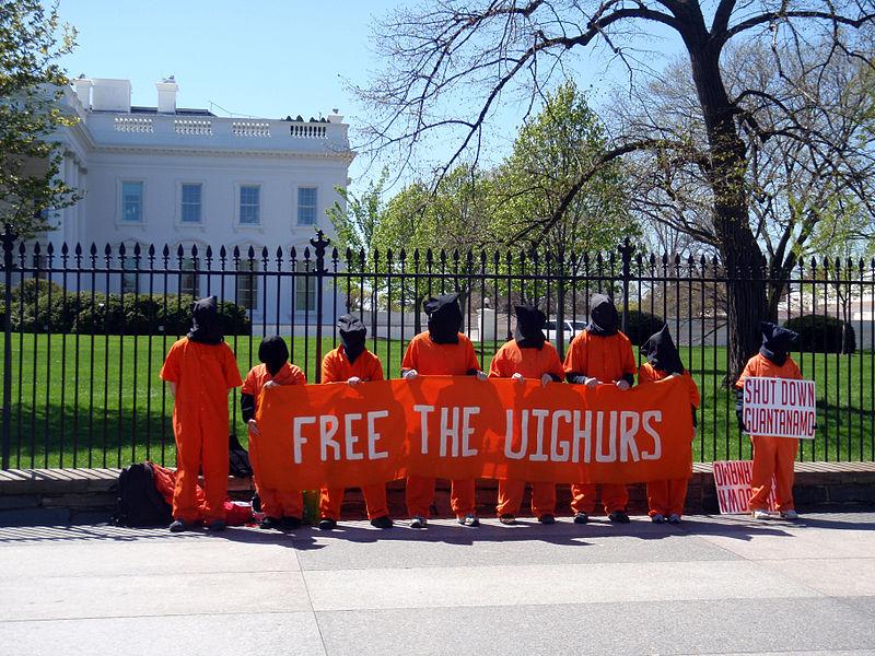 File:Protest for the Uyghurs.jpg