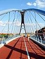 Puente peatonal sobre la A-2 (Madrid) 01.jpg
