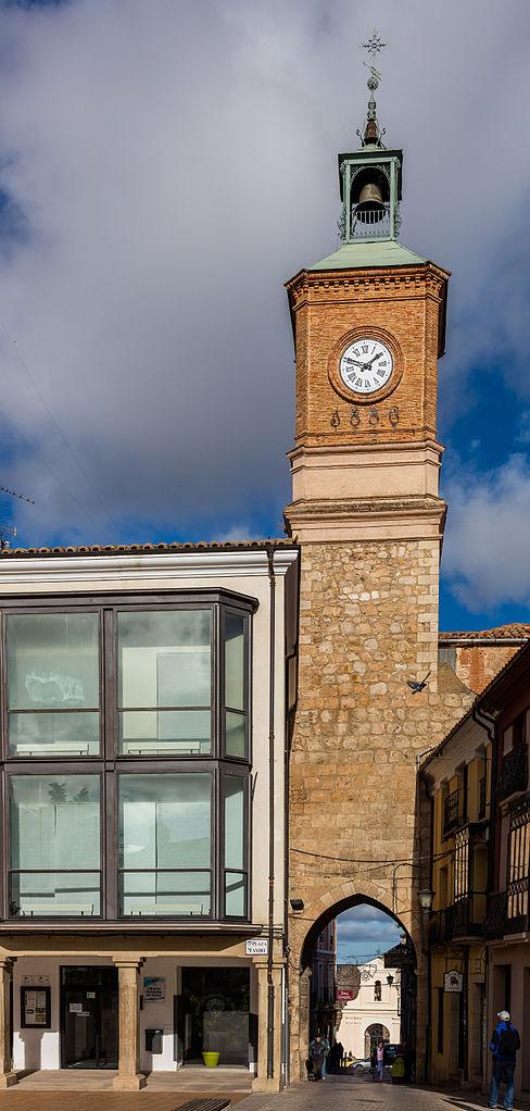 Archivo Puerta De La Villa Almaz N Soria Espa A 2015