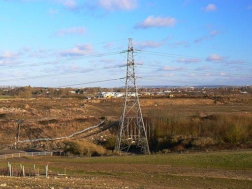 Pylon, Shaw Forest Park, Swindon - geograph.org.uk - 1704955
