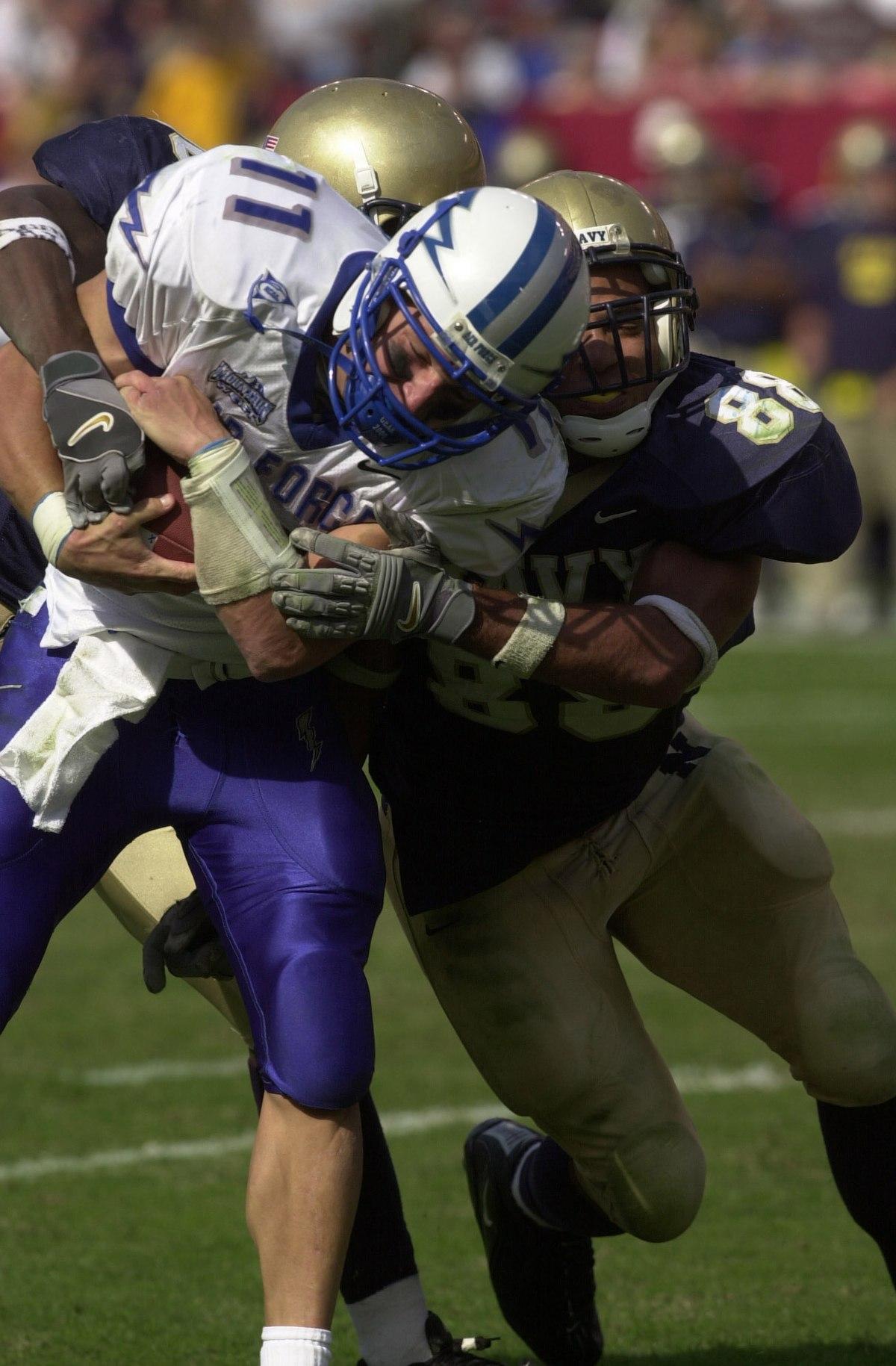 sports wikipedia chance football quarterback field harridge wiki upload commons tackling