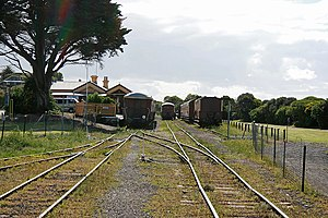 Queenscliff railway station - Looking west along the Bellarine Peninsula Railway to Queenscliff Station; at right is the Bellarine Rail Trail