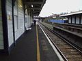 Queenstown Road stn look west2.JPG