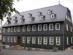 Rathaus Großbreitenbach.JPG