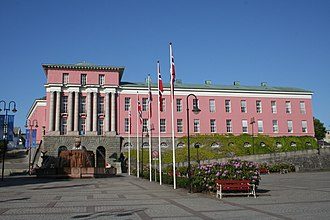 Nordic Classicism - Haugesund City Hall (1922-1931) by Gudolf Blakstad and Herman Munthe-Kaas