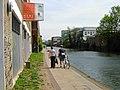 Regent's Canal, De Beauvoir Town - geograph.org.uk - 1272779.jpg