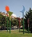 Relacions de l'espai, d'Àngel Màdico, al parc de Vallparadís.jpg