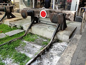 Buffer (rail transport) - A buffer stop in Italy