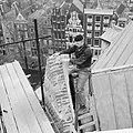 Restauratie Oude Kerk Man werkt aan torentje, Bestanddeelnr 913-1685.jpg