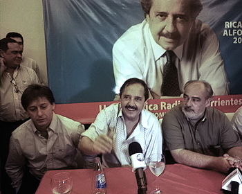 Ricardo Alfons%C3%ADn con el gobernador de Corrientes Ricardo Colombi