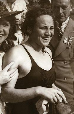 Rie Mastenbroek 1936.jpg