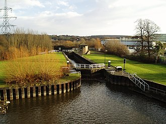 River Don Navigation - The Aldwarke Eurobarge Lock, complete with traffic lights