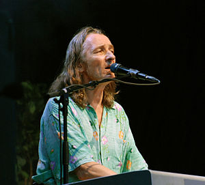 "Talk (Yes album) - Rabin co-wrote ""Walls"" with Supertramp vocalist Roger Hodgson"