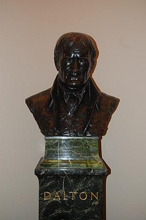 John Dalton (Bust) - John Dalton's bust - Royal Society of Chemistry - Burlington House