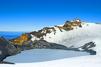 Volcanology of New Zealand - Ruapehu's crater lake, source of the deadly 1953 lahar