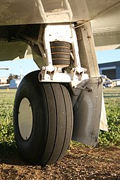 Rubber trailing link main landing gear.JPG