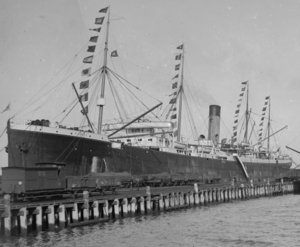 SS Runic at dock. (crop).png