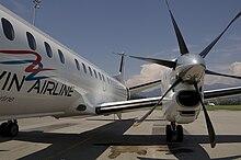 Darwin Airline SAAB 2000 a terra