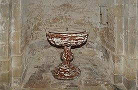 Saint-Félix-Lauragais - Eglise saint-Felix - Les fonts baptismaux.jpg