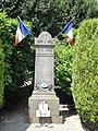 Saint-Martin-aux-Bois (60), monument aux morts 2.jpg